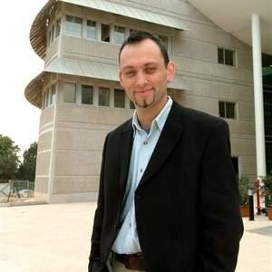Prof. Yaniv Poria
