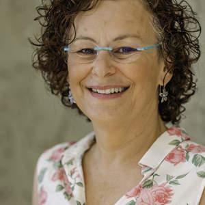 Dr. Dorit Adler